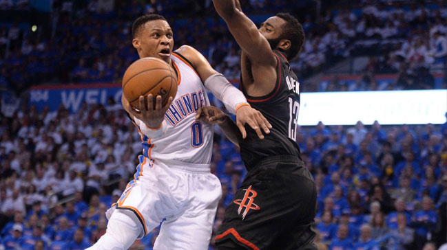 Westbrook yine triple double yaptı, Thunder seriyi 2-1'e getirdi
