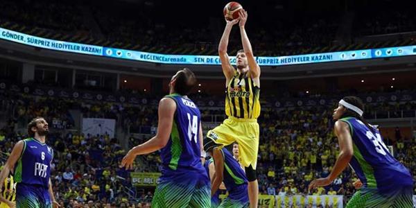 Euroleague şampiyonu Fenerbahçe ligde de kazandı