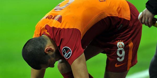 Eren Derdiyok'tan Galatasaray'a kötü haber