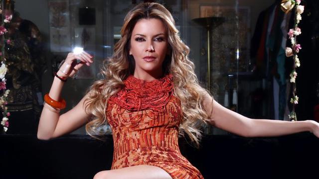 Ivana Sert, Ocak 2018'de kozmetik sektörüne girmiş, kendi adıyla ruj çıkarmıştı.